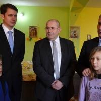 Magyarország szociálpolitikai államtitkárával az óbecsei Lurkóházban